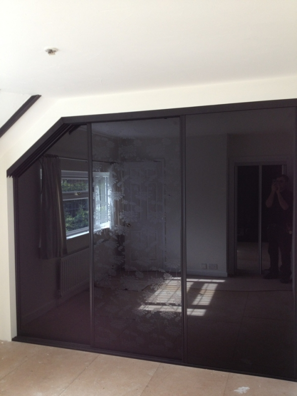 Coloured Glass Designer Sliding Doors Taylor Made Wardrobes